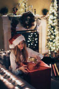 Życzenia na Boże Narodzenie. Zdjęcie prezenty.
